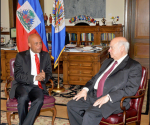 Haitian President Michel Martelly and Secretary General of the Organization of American States (OAS), José Miguel Insulza.