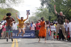 NYC Mayor Bill deBlasio and his family dance at the 2014 West Indian American Day Carnival.