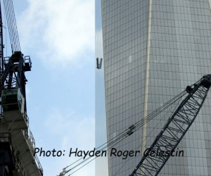Window Washers Trapped on South Side The Freedom Tower (2)