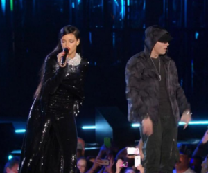 """Rihanna performs during """"The Concert for Valor"""""""
