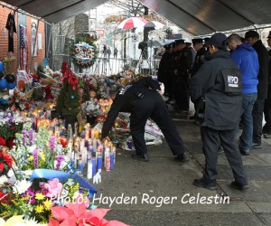 Mourning The NYPD Officers (5)