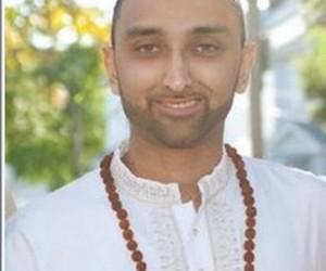 Acharya Arun Gossai