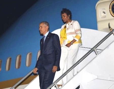 obama-and-yvette-clarke-in-jamaica