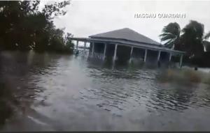 hurricane-brings-flooding-toCentralbahamas