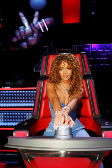 Rihanna-The-Voice-Coaching-Gig