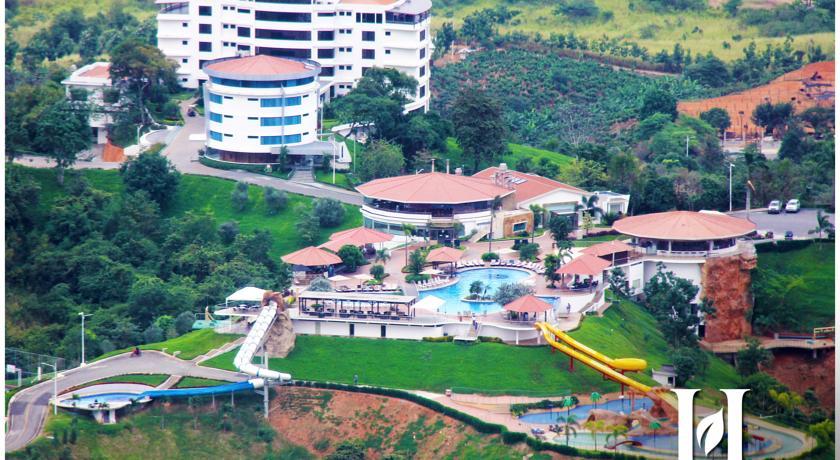 Hillary-Nature-Resort-Spa-Ecuador