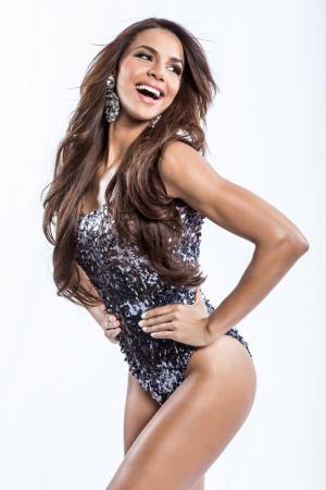 miss-dominicanrepublic-world-2015