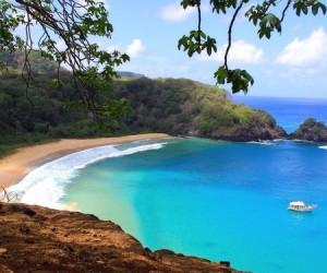 Baia-do-Sancho-beach-Brazil