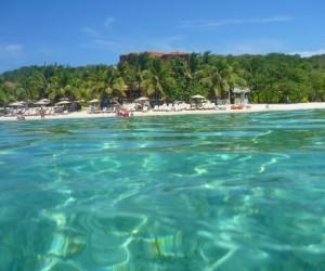west-bay-beach-Honduras