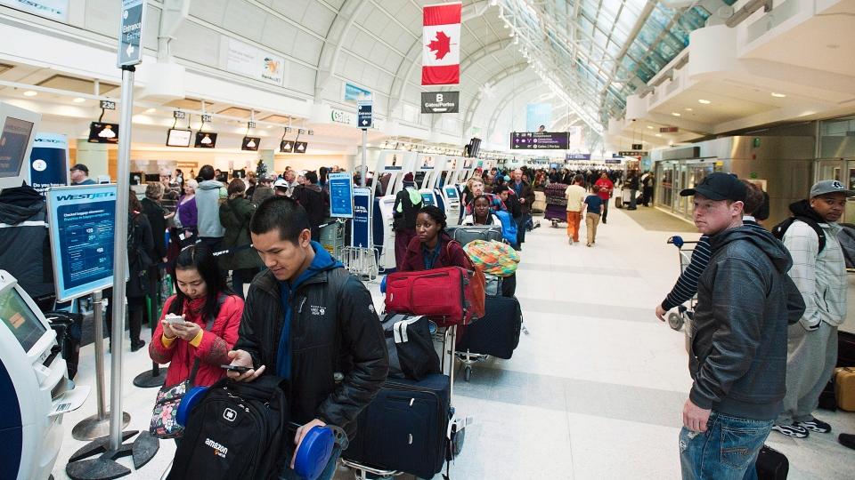 canada-airport-travel