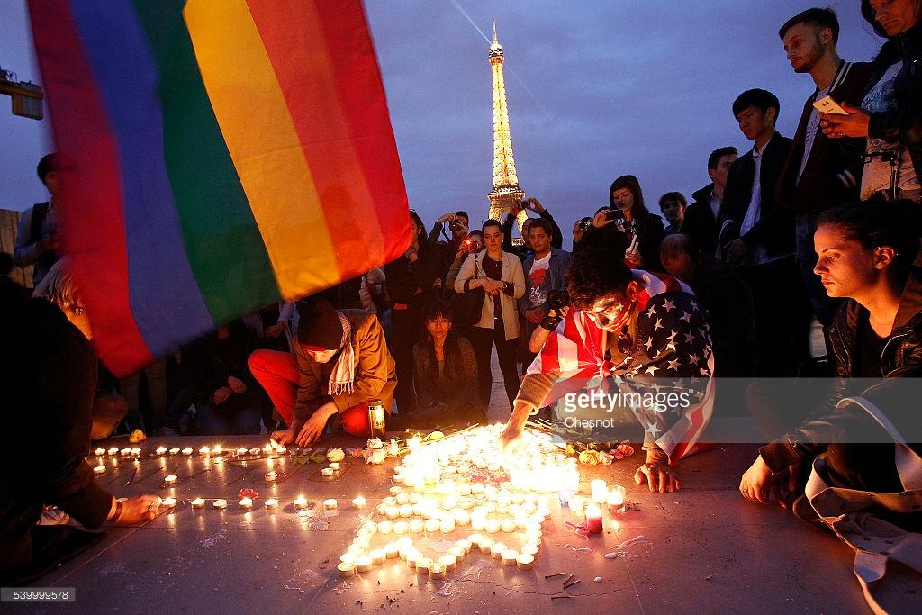 orlando-shooting-tribute-Paris