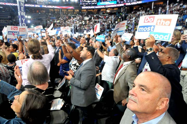 dems-2016-convention-NYSdelegates