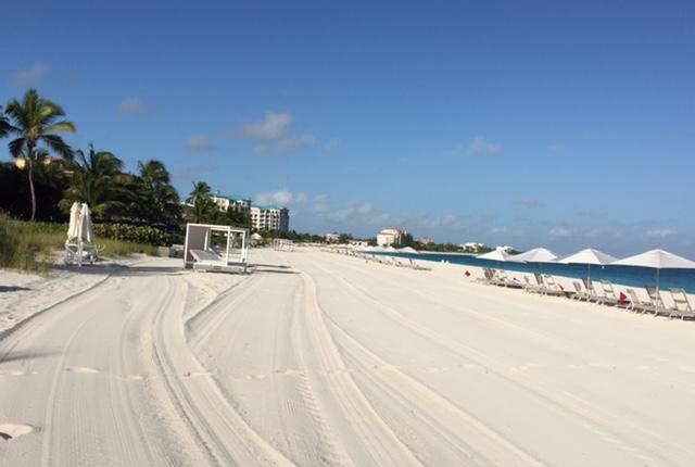 TURKS-AND-CAICOS-grace-bay-beach