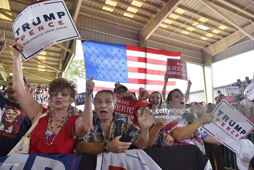 donadl-trump-rally-supporters-florida
