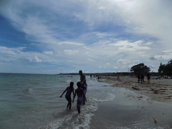 fort-clarence-beach-kingston