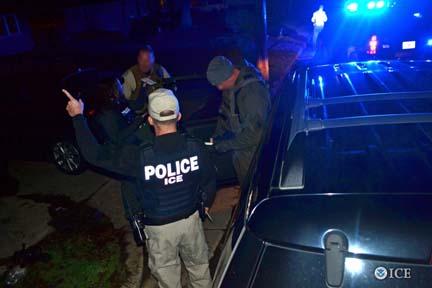 US-ICE-agents-2017