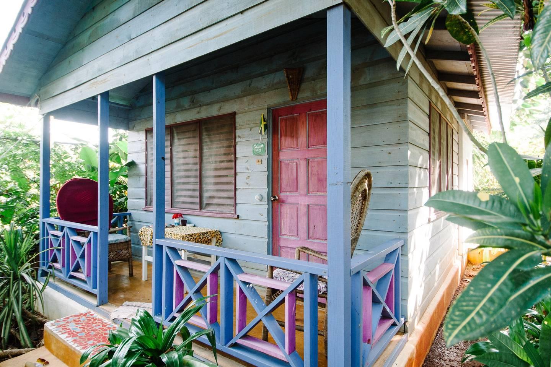 banana-garden-cottage-in-negril