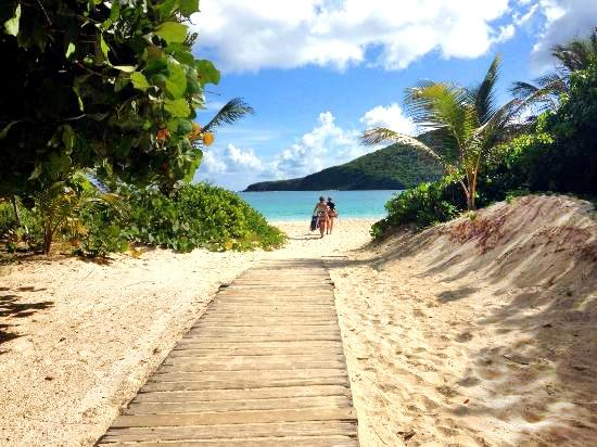 7 caribbean beaches named in world s top 25 for 2017 for Best clear water beaches in the world