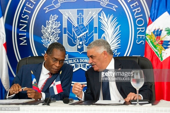 haiti-dr-ministers-meet-alt
