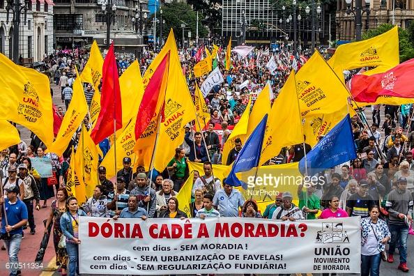housing-protest-brazil-alt