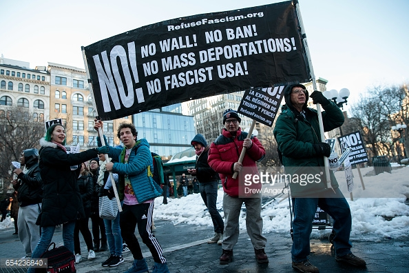 anti-trump-protest-against-immigration-alt