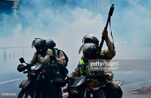 venezuela-protests-april202017-alt