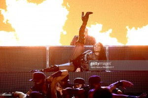 nicki-minaj-billboard-performance