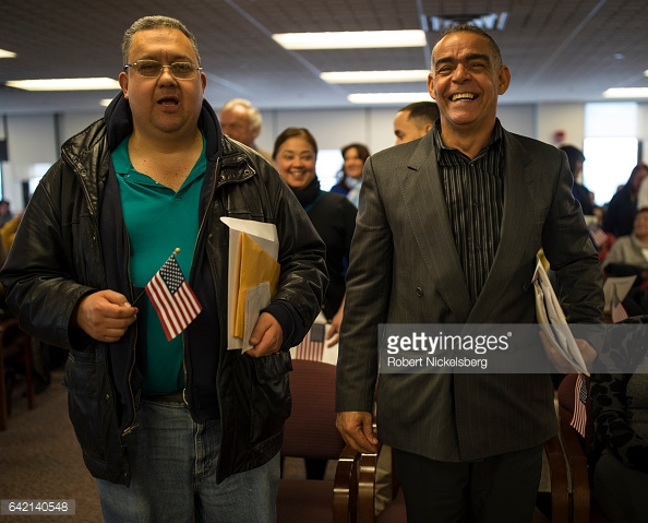 DR-immigrant-sworn-in