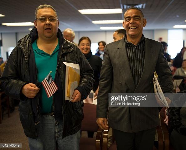 DR-immigrant-sworn-in