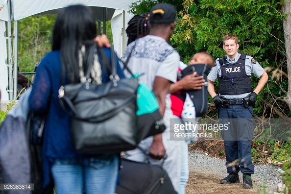 haitians-crossing-over-to-canada-on-fake-news