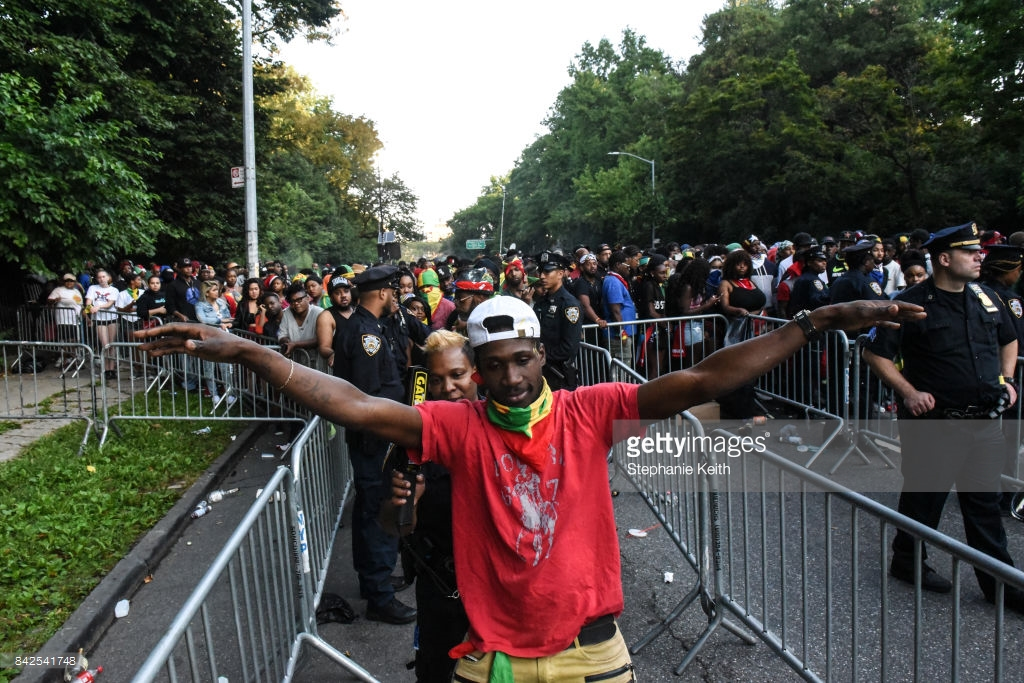 nypd-jouvert-patdown