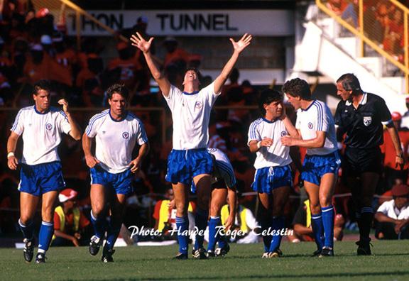 US-celebrates-1989-win-over-Trinidad