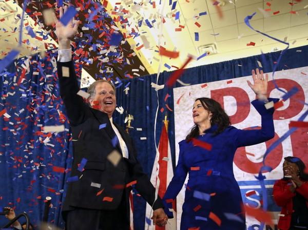 doug-jones-louise-jones-at-election-party