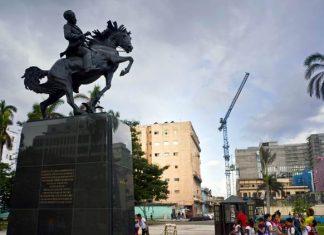 cuban-statue-of-jose-marti-unveiled