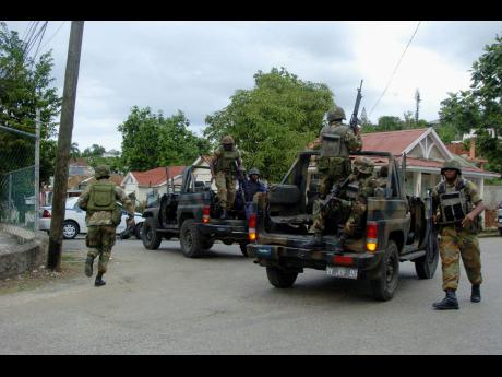 jamaica-military-in-montego-bay-jamaica