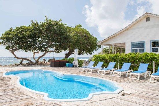 paradise-villas-caribbena-bargain-hotel