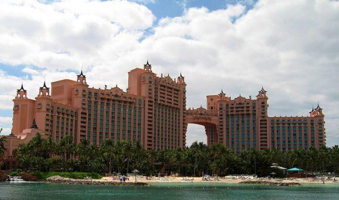 Atlantis_Paradise_Island_Hotel
