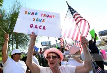 dump-trump-save-daca