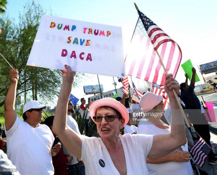 dump-trump-save-daca