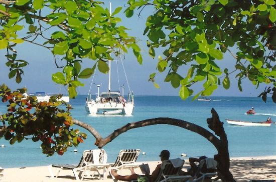 seven-mile-beach-jamaica