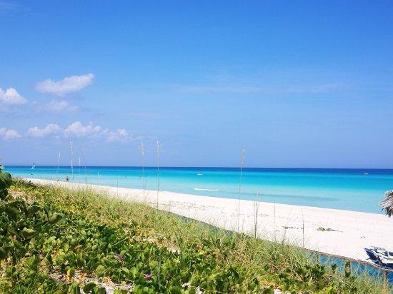 varadaro-beach-cuba