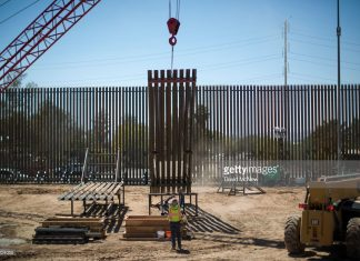 us-starts-construction-on-border-wall
