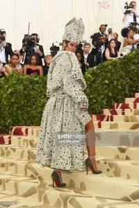 Rihanna-Like-never-before-seen