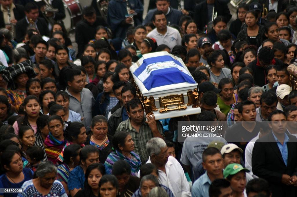 burying-the-death-in-guatemala