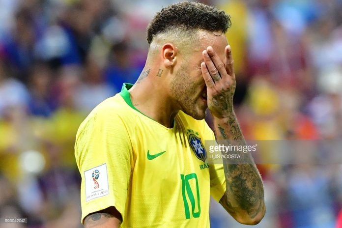 neymar-racts-to-loss