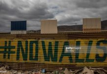trump-walls-become-attraction-in-mexico
