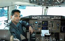 -raj-persaud-of-Oxford-Flight-Training-school