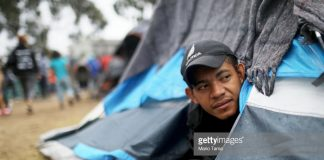 central-americans-frustrated-at-border