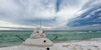 caribbean-travel-photo-of-the-day-snowman-on-beach