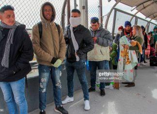 migrants-at-mexico-border